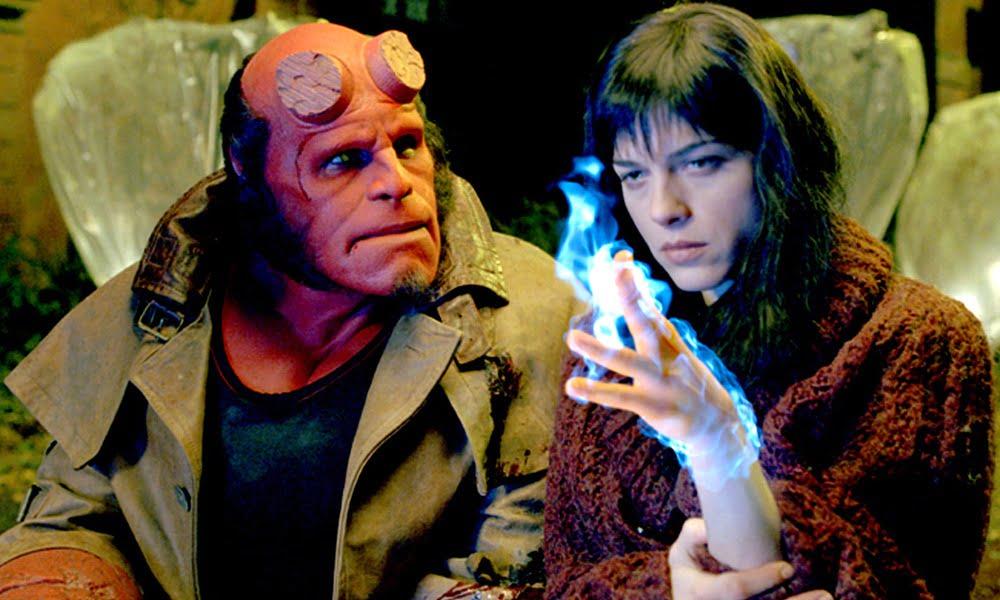Hellboy | Selma Blair lamenta reboot da franquia pela ausência de Del Toro