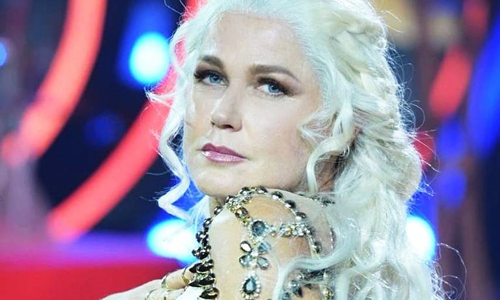 Game of Thrones | Xuxa se veste de Daenerys para se apresentar no programa Dancing Brasil