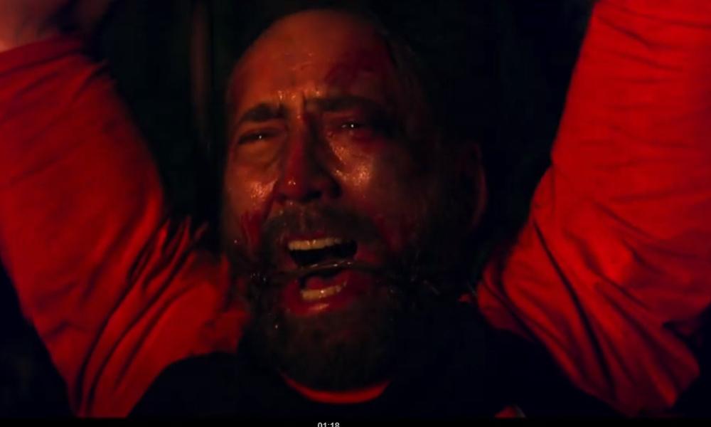 Mandy   Nicolas Cage é torturado em uma seita religiosa em novo filme