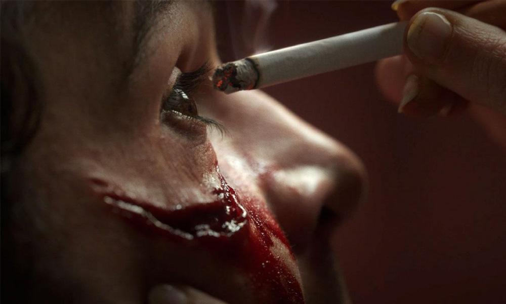 Piercing | Confira o trailer perturbador do novo suspense com Mia Wasikowska
