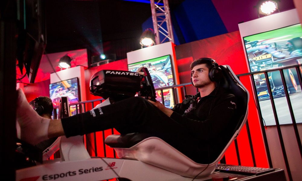 Saiba em quanto tempo um piloto de eSports pode chegar à Fórmula 1