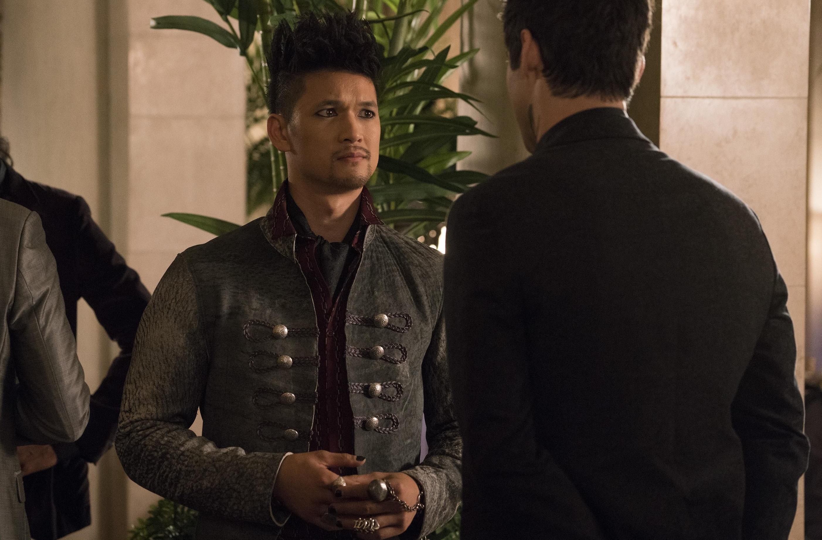 Responsável por interpretar Magnus Bane em Shadowhunters, o ator Harry Shum Jr. veio a público se pronunciar a respeito do cancelamento da série.