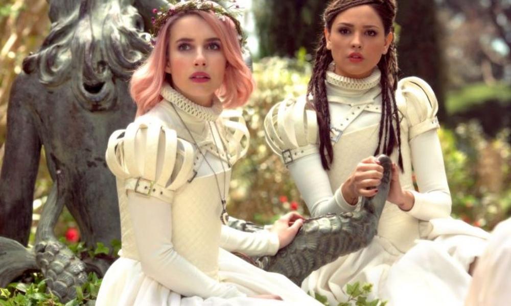 Paradise Hills | Emma Roberts e Milla Jovovich atuam juntas em novo filme